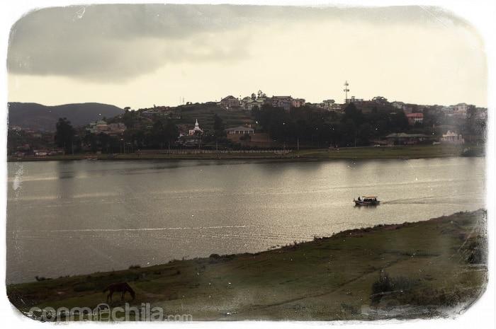 El lago de la ciudad