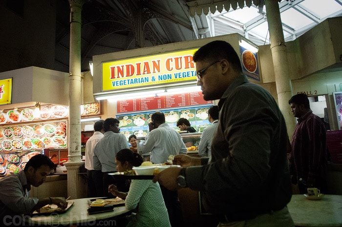 ¿Me ha parecido ver un cartel de comida india?