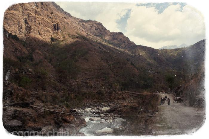 El puente por donde cruzaban los burros de carga