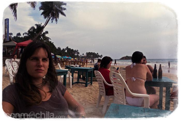En la playa de Mirissa