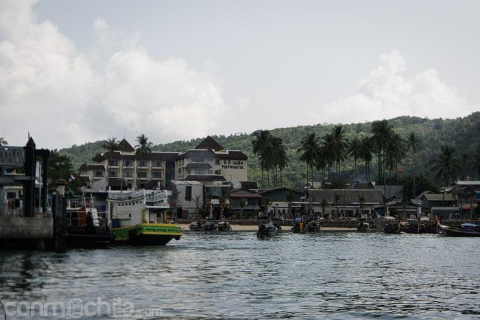El puerto de Ko Phi Phi Don
