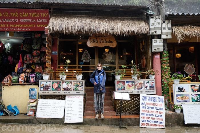 La entrada al Little Vietnam restaurant
