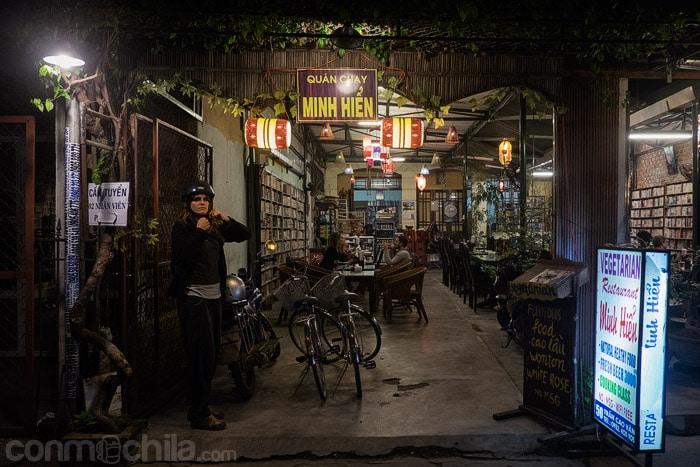 La entrada al restaurante Minh Hien