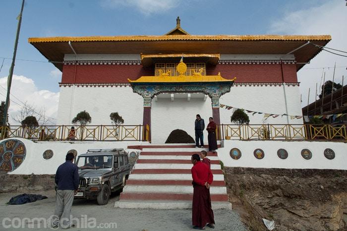 Entrada al monasterio Pemyangtse