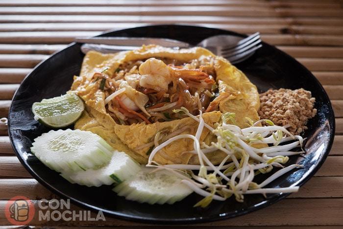 Hay que probar el Pad Thai envuelto en tortilla