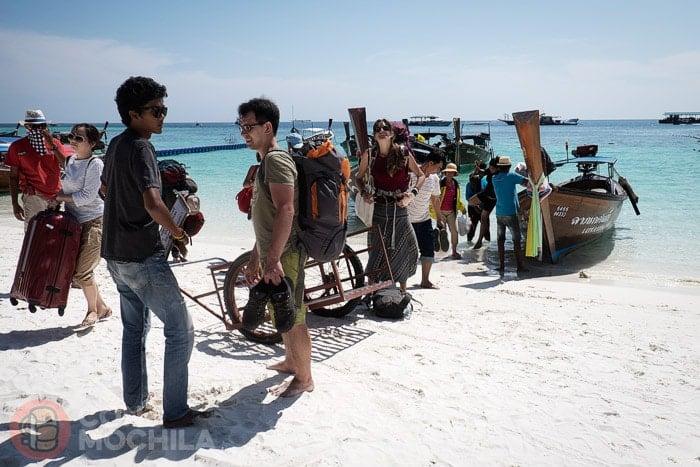 De Bangkok a Koh Lipe: Pisando la blanca arena de la isla