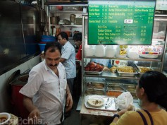 Comer barato en Singapur (II): Tekka Centre hawker food