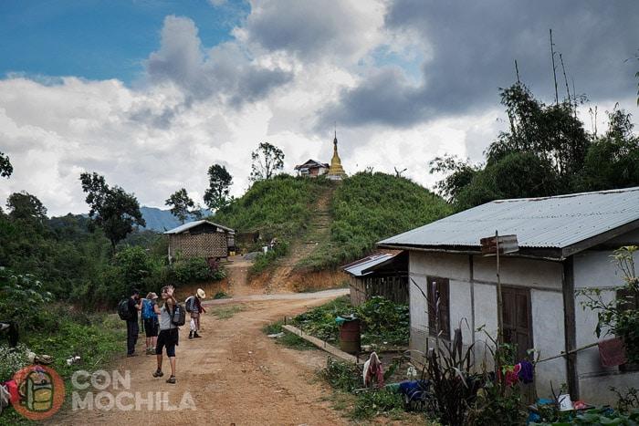 Los templos nunca faltan en Myanmar