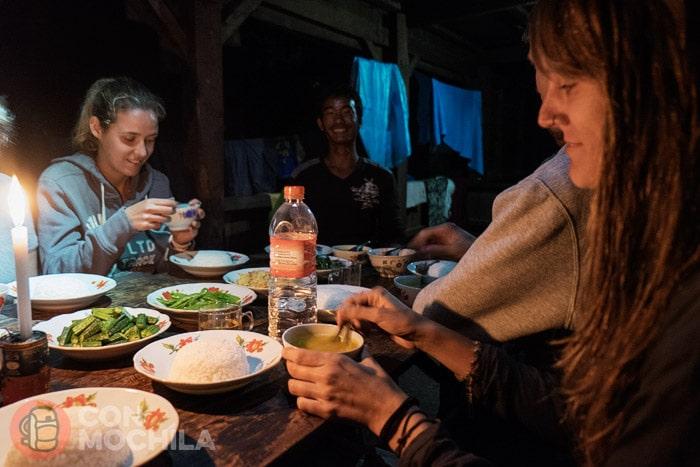 Riquísima cena en casa de nuestros anfitriones