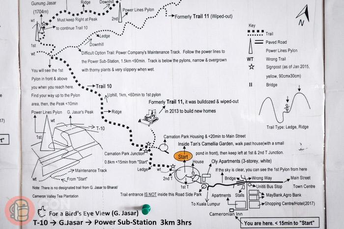 Uno de los mapas con rutas de trekking