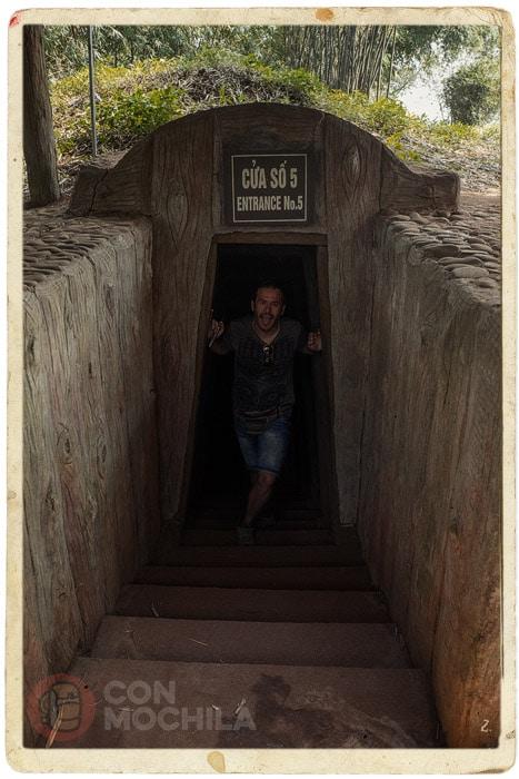 Salimos por otra de las 12 puertas de acceso