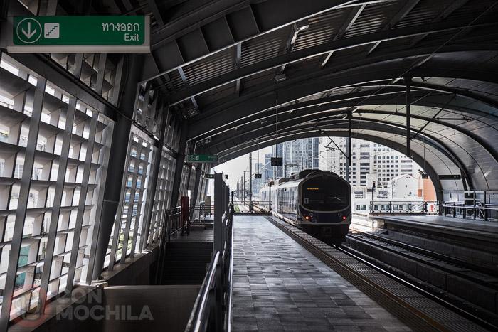 La estación de Phaya Thai del Airport Rail Link