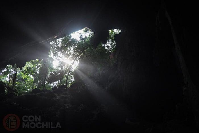 Imagen desde el interior de la cueva
