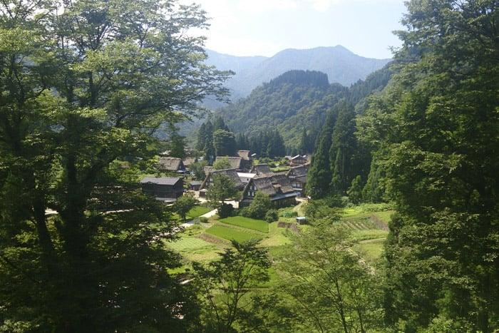 Shirakawago, un pueblecito en los Alpes japoneses considerado Patrimonio mundial