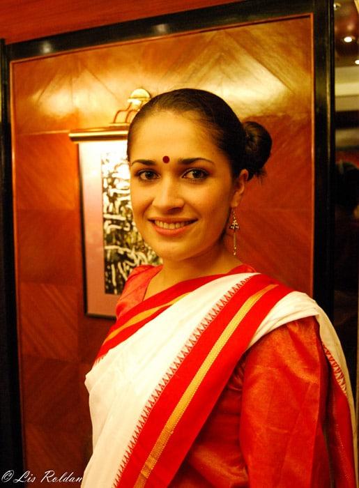Itinerario de viaje a India: Vistiendo un Saree, traje tradicional de las mujeres en India