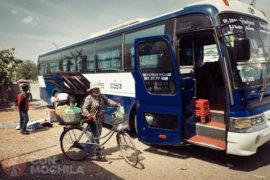 El autobús en Camboya