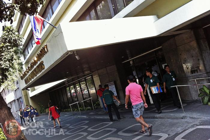 La oficina de inmigración de Makati