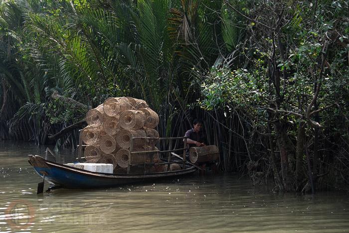 Gente pescando