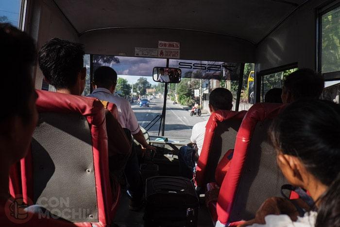 Bus rumbo a Apo island