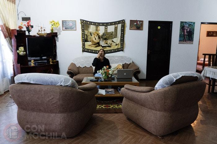 Y los cómodos sofás