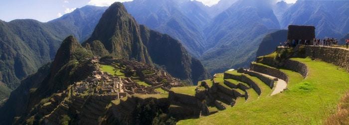 Por muchas fotos que hayas visto de Machu Picchu, te emocionarás al estar allí