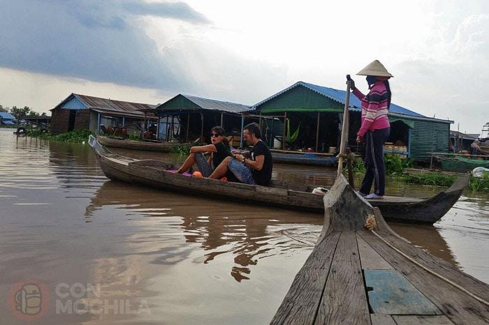 Llegada a los pueblos flotantes de Kampong Chhnang