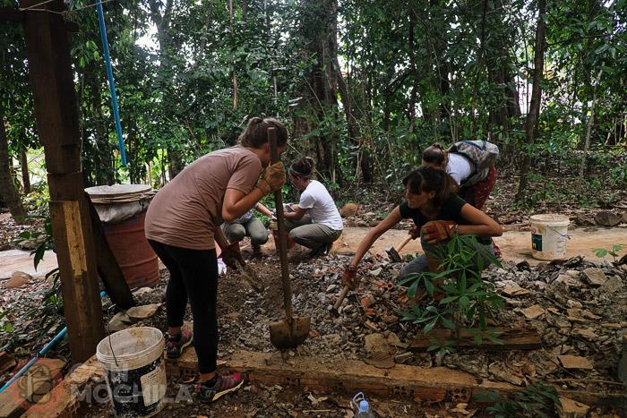 Picando piedra