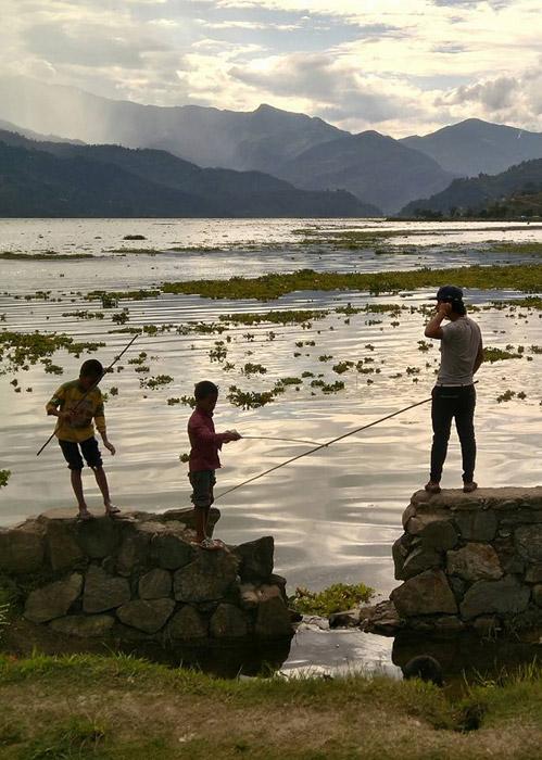 Escapada a Nepal: A orillas del Lago Phewa