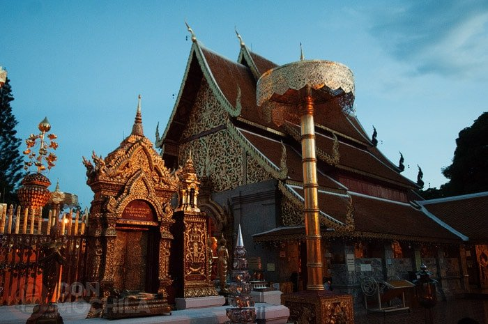 wat-phra-that-doi-suthep-chiang-mai-10
