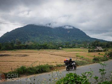Etapa 3: Nong Khiaw – Luang Prabang. Ruta en moto por Laos