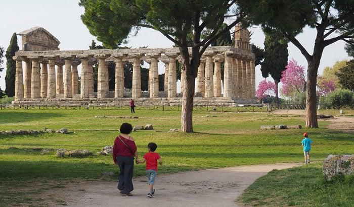 Itinerario de viaje a Italia: Paseando entre templos milenarios en Paestum