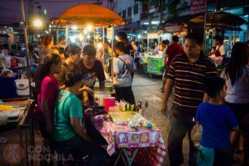 Mercado nocturno de Kanchanaburi