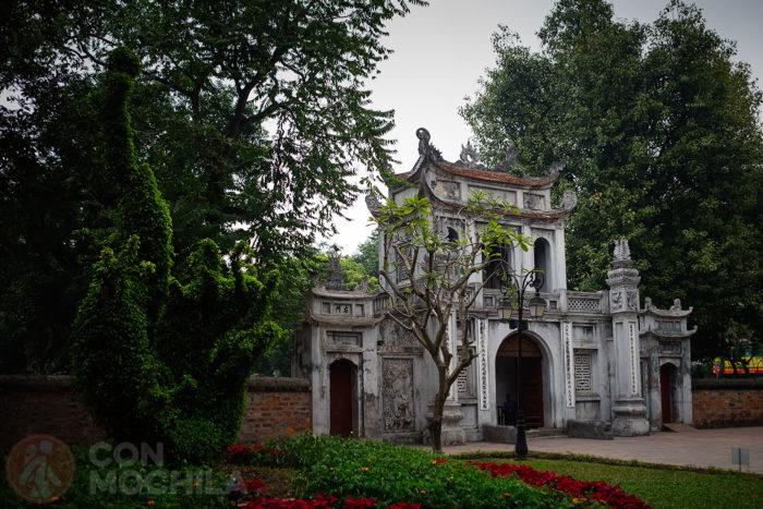 Entrada al Templo de Literatura de Hanoi