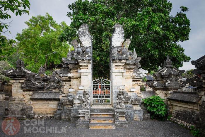 Un detalle del templo de Uluwatu