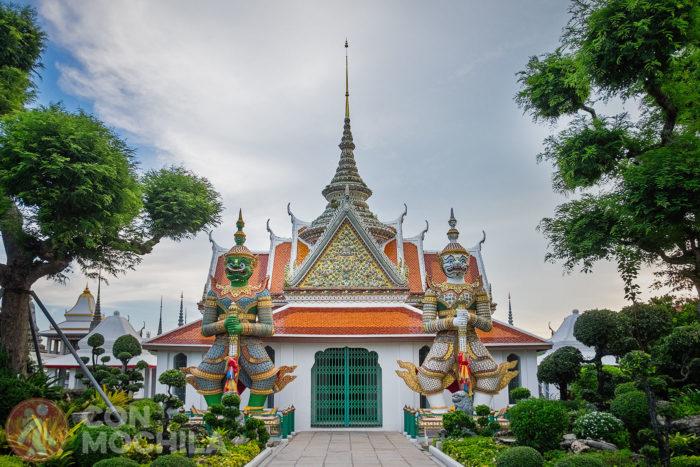 Sala de ordenación de Wat Arun