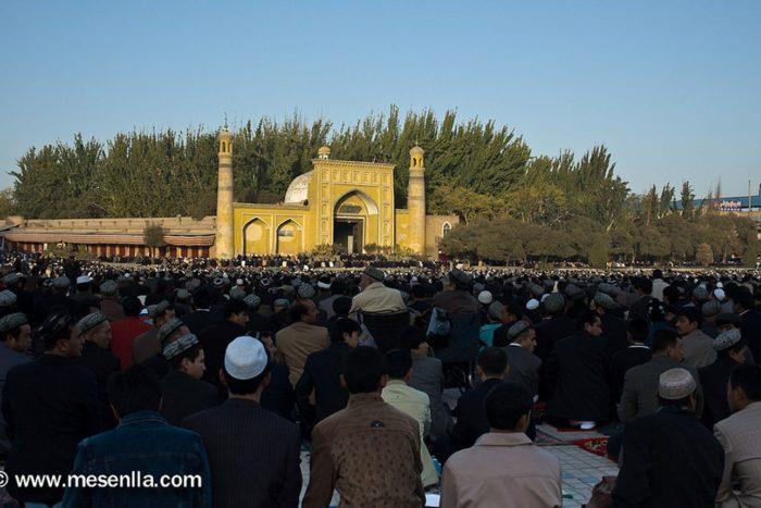 Itinerario de viaje a China: Celebración del Eid Al-Fitr, en la mezquita de Kashgar