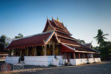 Wat Mai Suwannaphumahan Luang Prabang