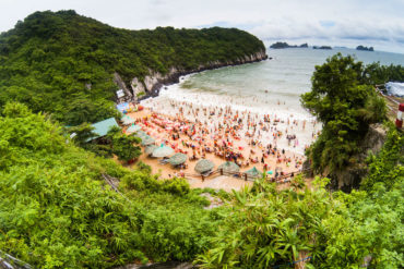 Guía de viaje Bahía de Halong Cat Co Beach