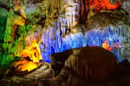 Guía de viaje Bahía de Halong Cueva Thieng Cung