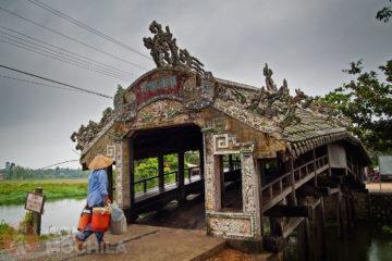 Guia de viaje Hue Puente cubierto Than Toan