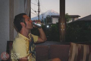Asahi con el Monte Fuji de fondo