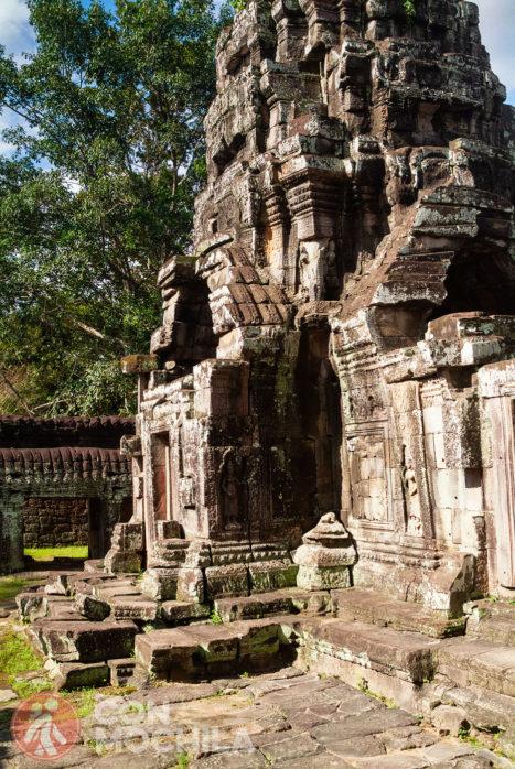 Acceso al templo
