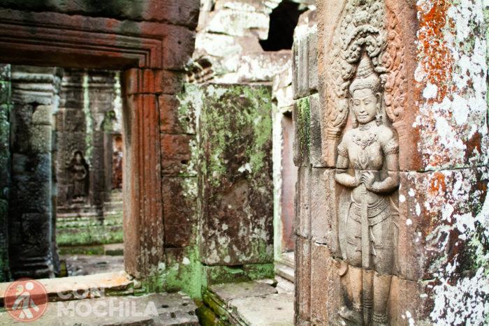 Apsaras del interior del templo