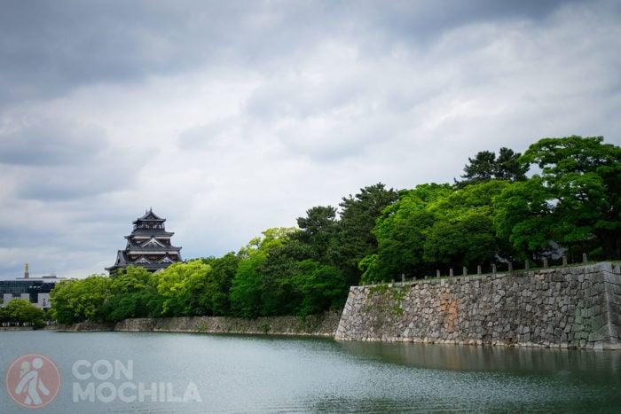 El castillo y el río
