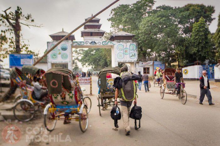 Cruzando la frontera India / Nepal