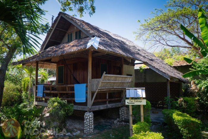 Nuestra cabaña en Mayas native garden de Moalboal (Filipinas)