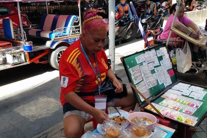 Lotería callejera en Bangkok