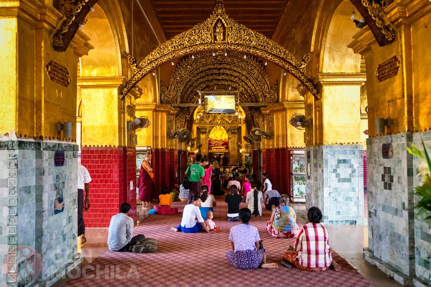 La imagen de Buda del Mahumuni paya