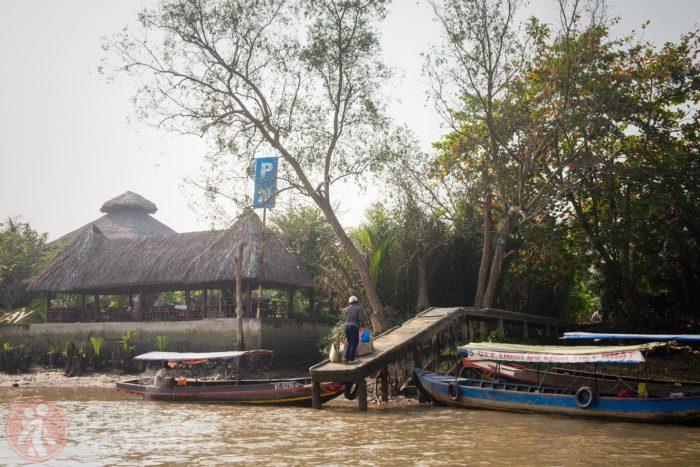 Barcas a la espera de algún turista