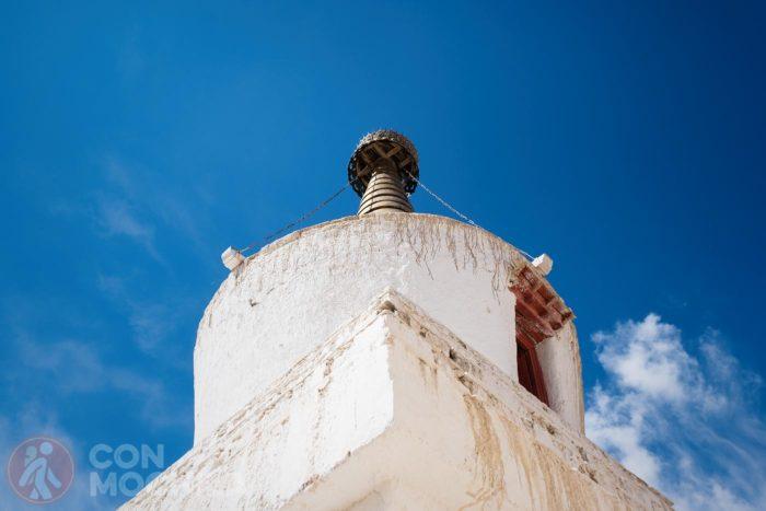 Otra vista de la estupa